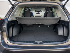 Cargovolume increases to 76.1 cubic feet with the second-row seats folded down and 35.4 cubic...