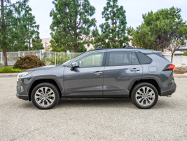 The 2019 RAV4 adds about 1.2inches in length.