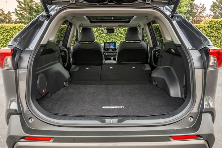 In terms of cargo space, the Rav4 has 37.6 cubic feet of space, but fold the rear sets down and that cargo room expands to 69.8 cubic feet. This volume definitely provides fleet drivers with enough space to store products or equipment. 