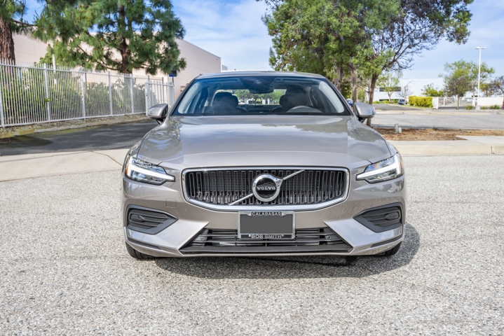 The S60offers a sedan body in Volvo's60-series lineup that also includes the XC60 crossover...