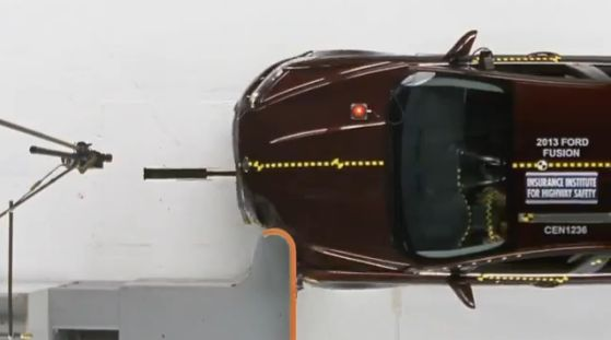 IIHS Evaluates Mid-Size Cars in New Crash Test