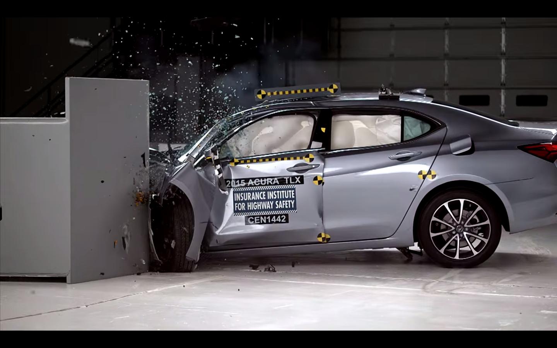 2015 Acura TLX IIHS Crash Test