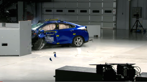 Chevrolet Volt Excels in Crash Tests