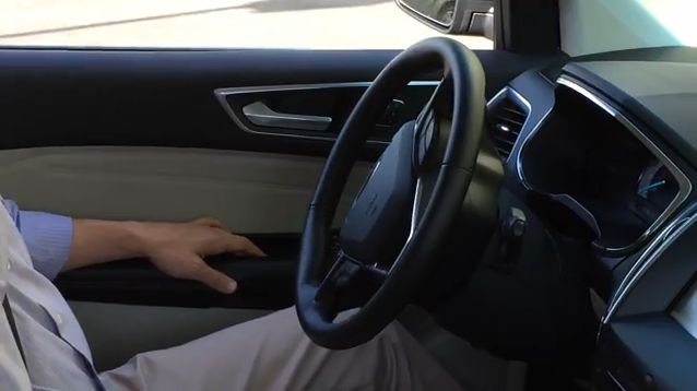 Ford Edge's Perpendicular Park Assist System