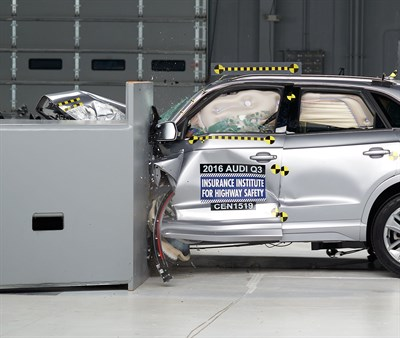 Audi Q3 Small Overlap IIHS Crash Test