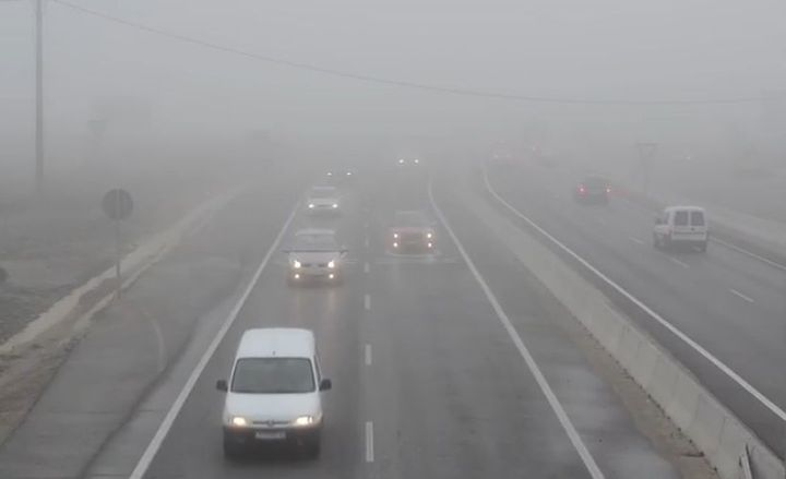 Read our eight tips for driving in dense fog.