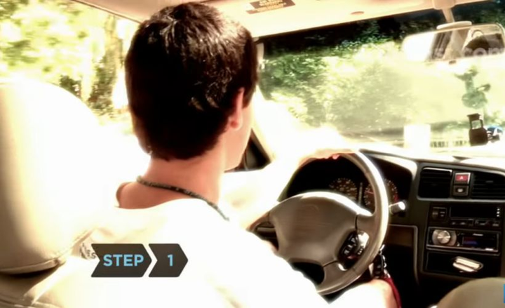 Fleet drivers can manage a tire blowout by following these easy steps.