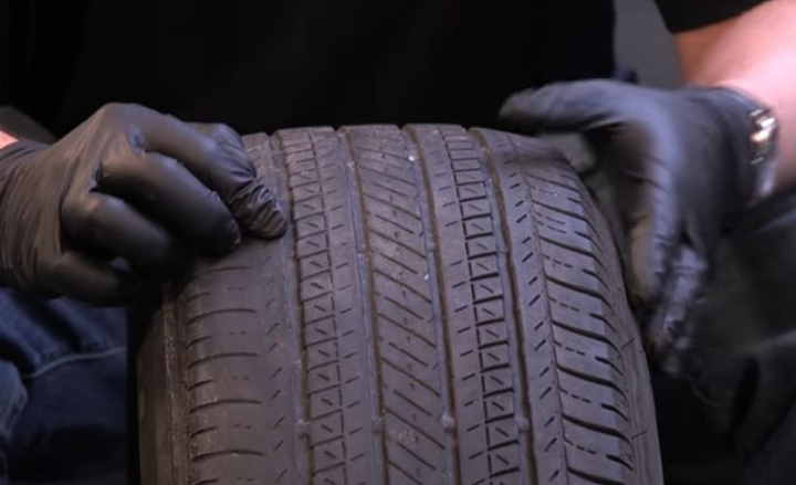 To know when to replacetires,drivers should regularly checkwear patterns and follow company guidelines for preventive maintenance.  - Screenshot via Cars.com.