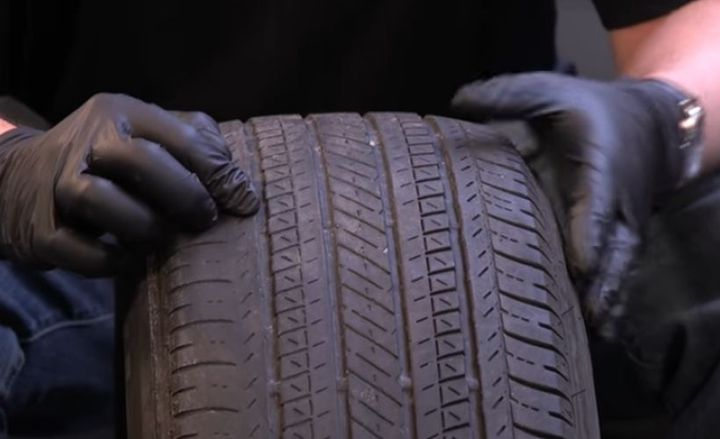 To know when to replace tires, drivers should regularly check wear patterns and follow company guidelines for preventive maintenance.