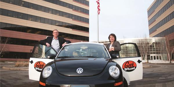 (Left) Best Buy's Jason Pucely, senior manager of logistics & transportation, and Rosa Baumanis...