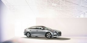 Hertz Adds Hyundai Sonata Hybrid to Fleet