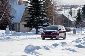 Hertz, AAA Offer Winter Driving Tips