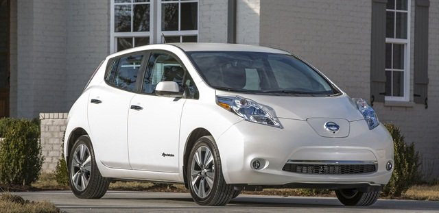 The Nissan LEAF will be available to rent at Europcar branches in London. Photo courtesy of Nissan.