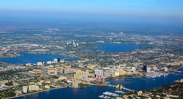 West Palm Beach, Fla. Photo via Don Ramey Logan/Wikimedia.