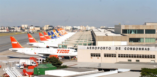 Avis Budget will be taking full ownership of its licensee in Brazil. One of the locations is at Sao Paulo's Congonhas Airport. Photo via Wikimedia.