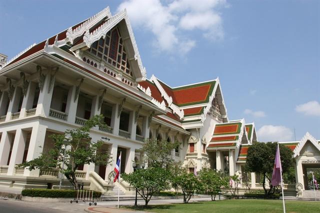 Toyota will be testing an electric carsharing service at Bangkok's Chulalongkorn University. Photo via Chris Brown/Flickr