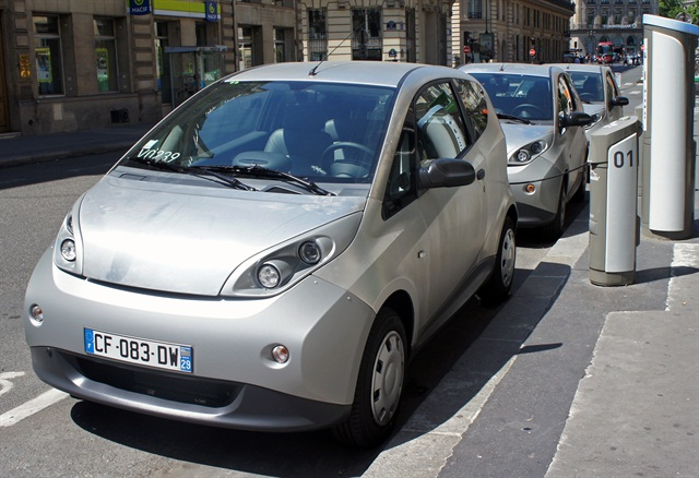 The Bollore Group's Bluecars in Paris. Photo via Wikipedia.