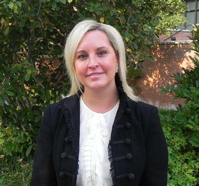 Caroyln Eiseman,Enterprise Holdings' director of employer brand marketing communication, received the Talent Warrior award.