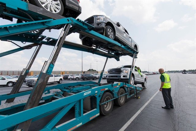 Enterprise vehicles being delivered to the Southeast Texas region. Photo courtesy of Enterprise Holdings.