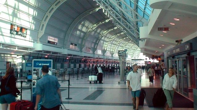 Green Motion's new location will serve customers atToronto Pearson International Airport. Photo via Wikimedia.