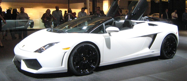 mph club has added new exotic and luxury rentals, including the Lamborghini Gallardo Spyder. Photo via Wikimedia.