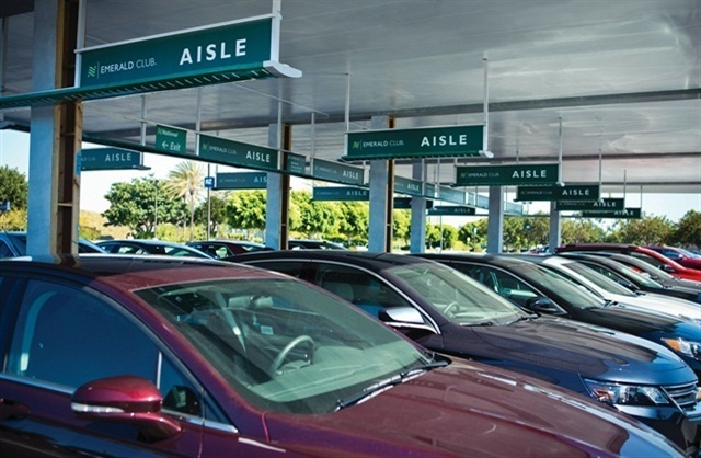 Signature Flight Support's Signature Status program offers its members complimentary membership to National Car Rental's Emerald Club. Photo courtesy of National Car Rental.