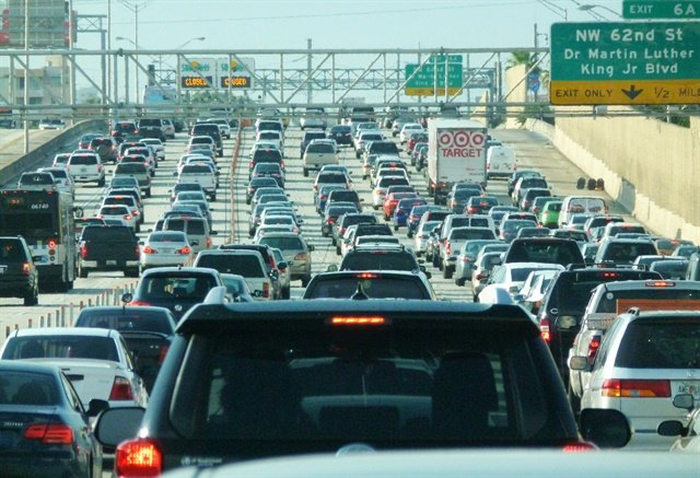 More than 89% of holiday travelers plan to drive this Thanksgiving holiday, according to AAA. Photo via Wikimedia/B137