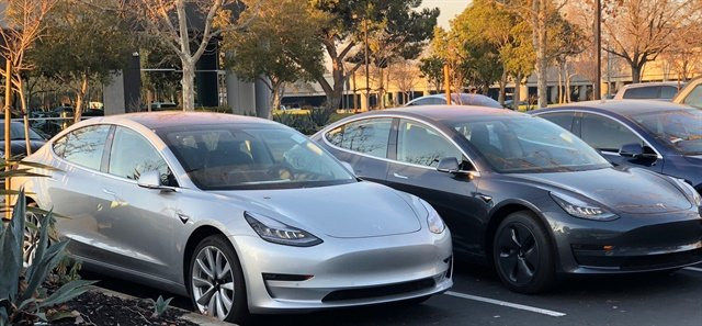 Tesla Model 3s. Photo via Seungho Yang/Wikimedia.
