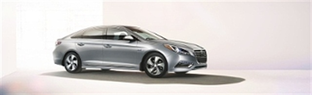 Hertz Adds Hyundai Sonata Hybrid To Fleet Rental Operations Auto