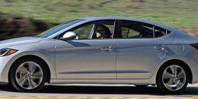 Hyundai Elantra: Basic Compact Contender