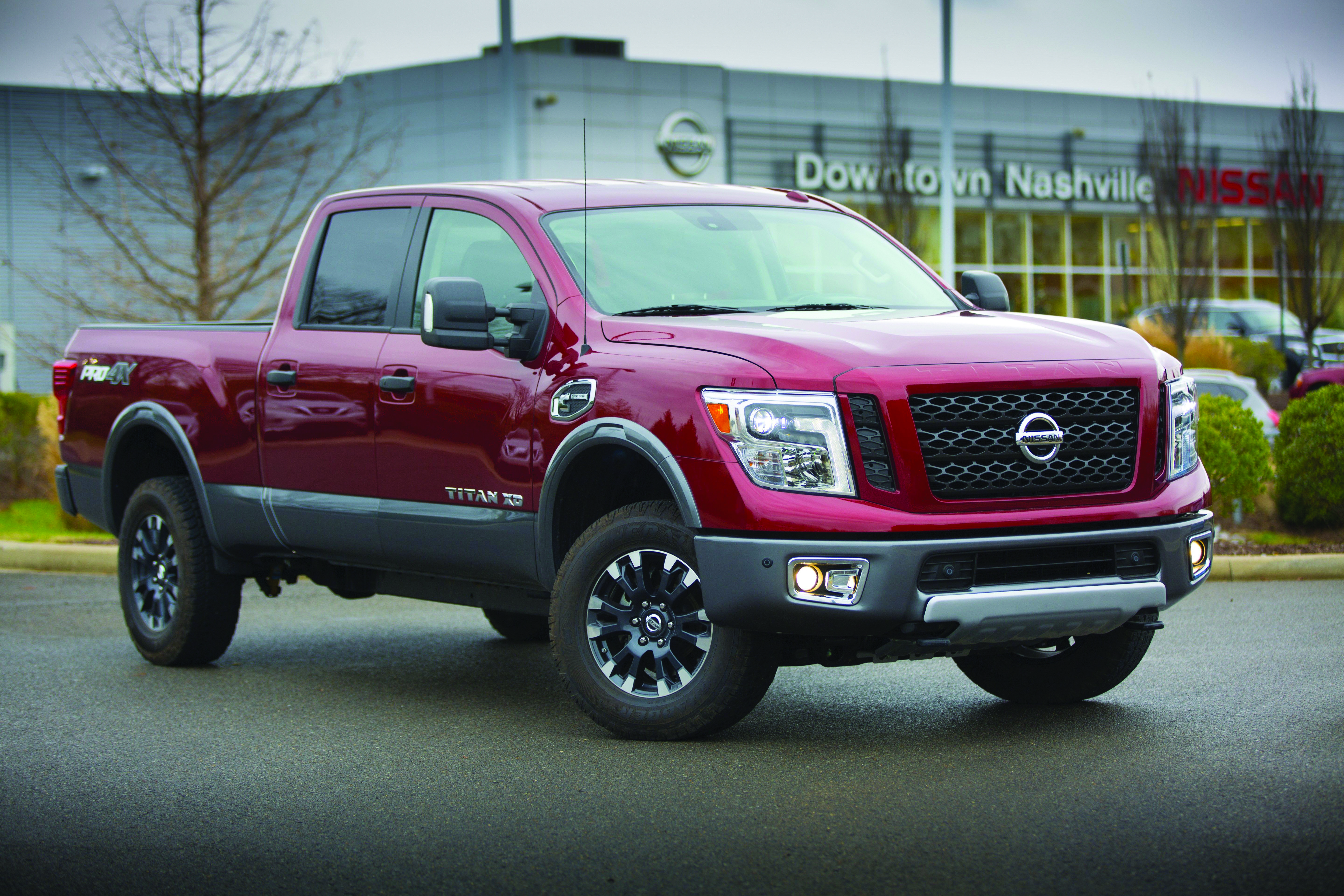 Nissan Expands Dealer-Based Ordering