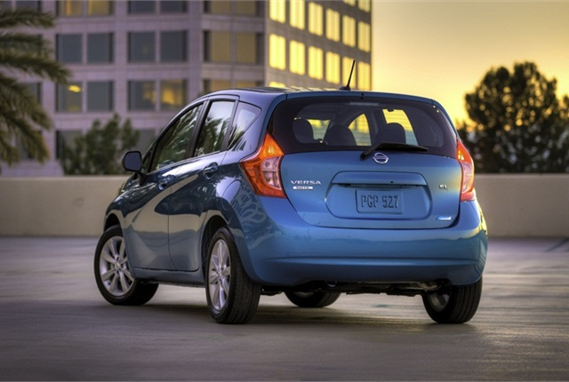 Nissan is forecasting fuel economy of 40 mpg highway, 31 mpg city, and 35 mpg combined for the CVT-equipped models.