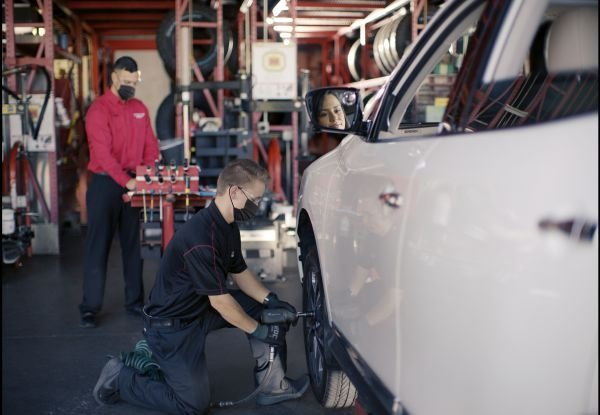 Fleetio's maintenance provider network powers its shop integration feature, which automates third-party maintenance processes from repair order approvals to billing. - Photo courtesy of Discount Tires.