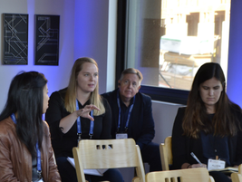 Rachel Pautler from Fleetcarma digs into the discussion during a breakout seminar.