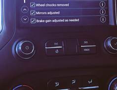 The Chevrolet Silverado 1500 offers a trailering checklist for users.