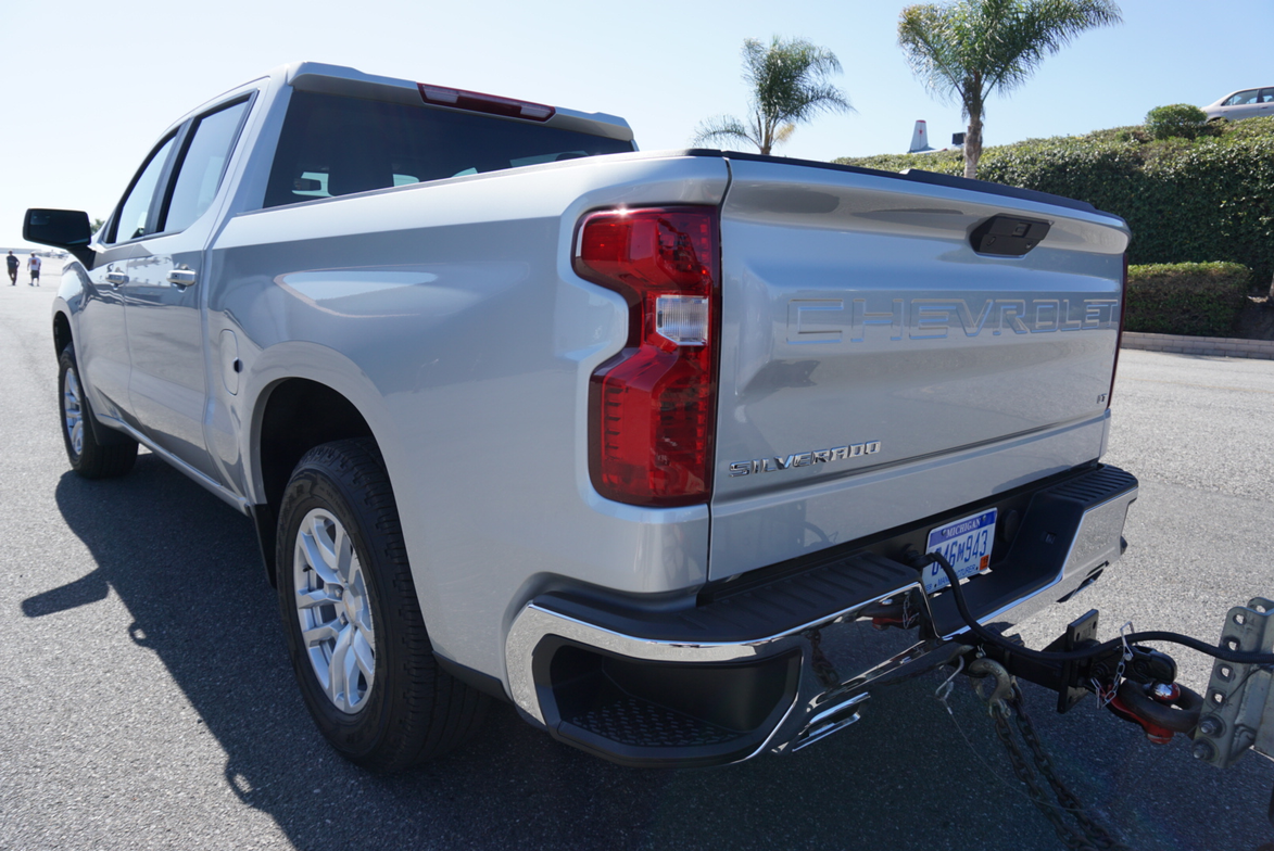 Crew cab models of the2019 Silverado 1500 offer increased payload byup to 14% or 340 pounds.