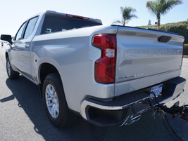 Crew cab models of the 2019 Silverado 1500 offer increased payload by up to 14% or 340 pounds.