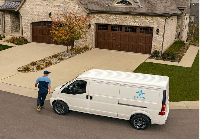The ELMS Urban Delivery van has a cargo capacity of 170 cu.-ft., a charging range of 150 miles, and an expected price of $25,000 including federal tax credits. - Photo: ELMS