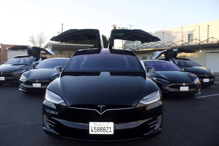 As of April 2021, MOTEV runs four Tesla Model S sedans, seven Tesla Model X crossovers, and five Mercedes-Benz S550 hybrid electric plug-ins. - Photo: MOTEV
