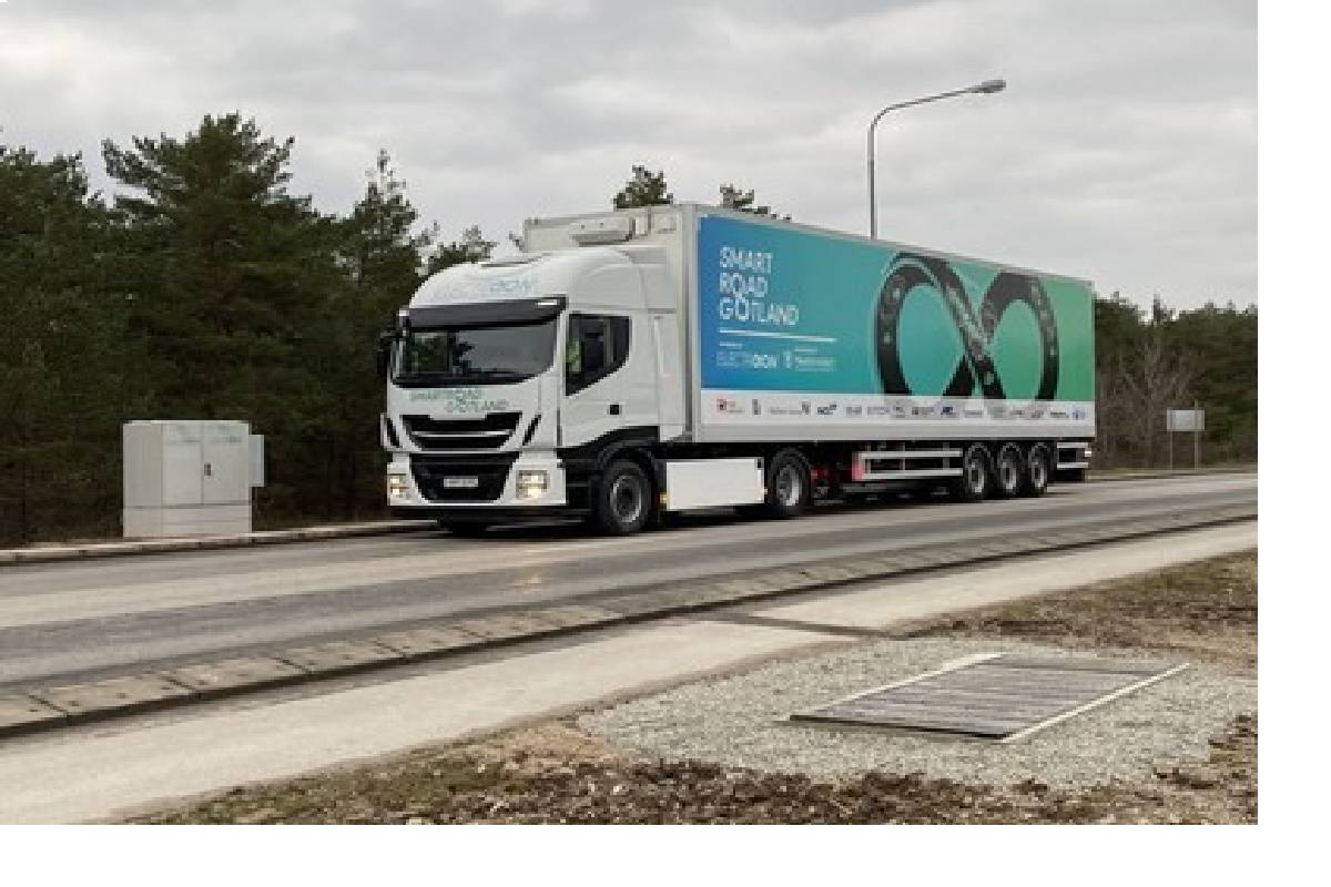 ElectReon Wirelessly Charges Long-Haul Electric Truck On A Public Road