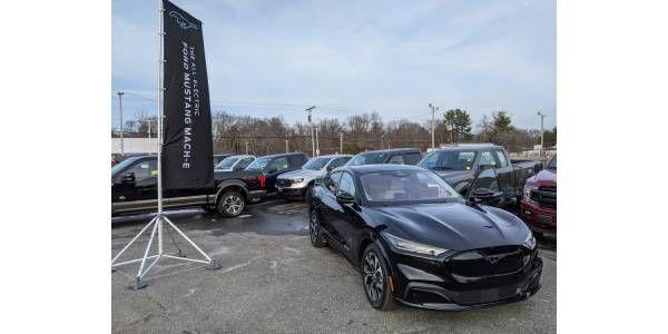 Fleets Key To Electric Vehicle Adoption
