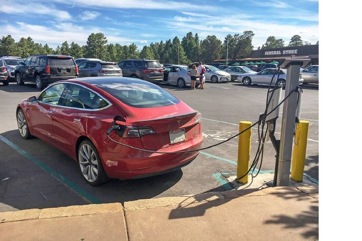 Tesla's dominant position could be challenge by a host of EV startups like Faraday & Future Inc. (Grand Canyon National Park Electric Vehicle Charging Stations: Yavapai Lodge 6654 by Grand Canyon NPS is licensed with CC BY 2.0). - Photo: Grand Canyon NPS