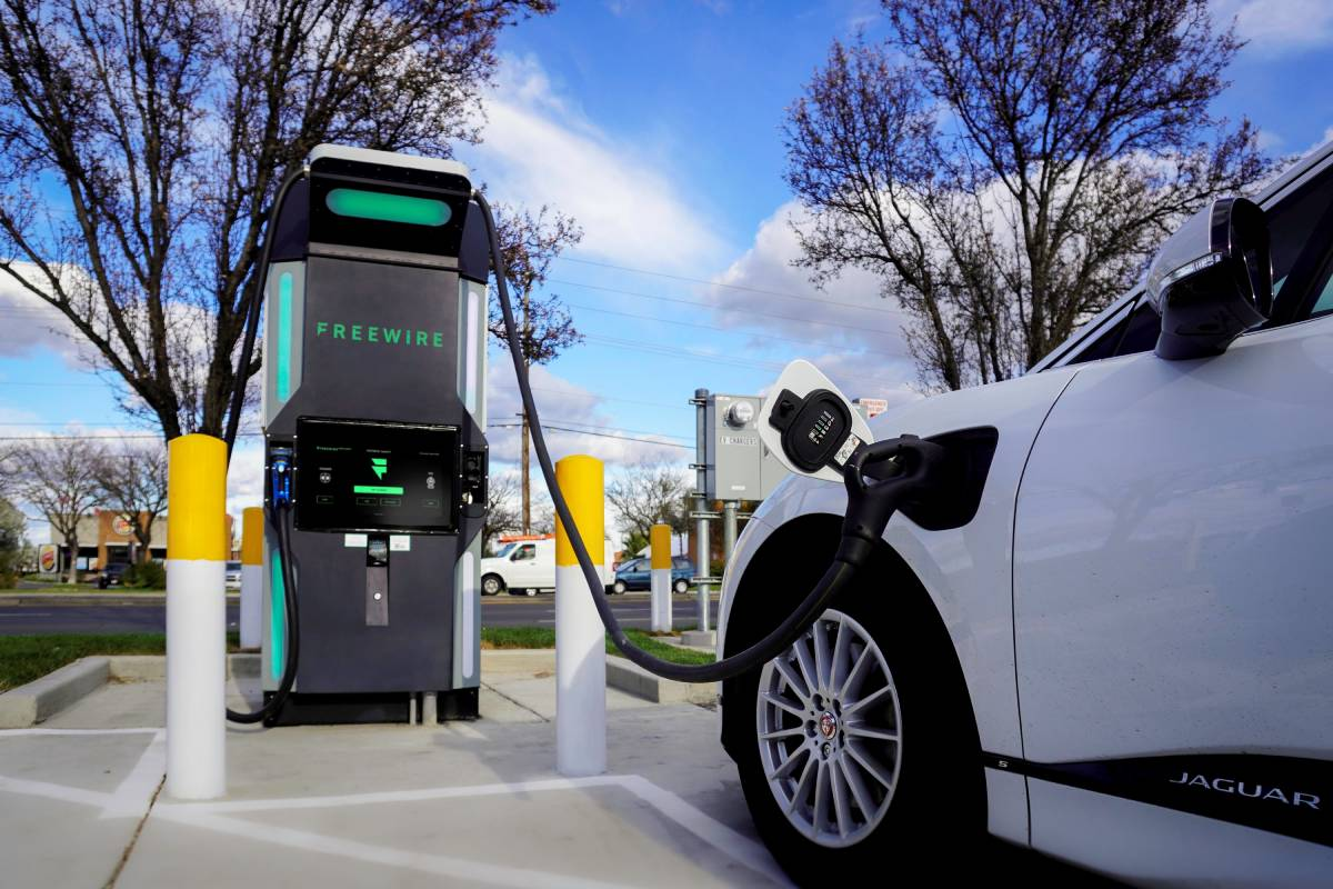 FreeWire Boost Charger Cuts Costs for EV Fleets