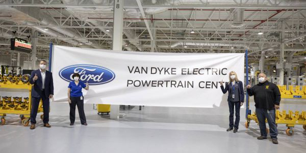 (L to R): John Savona, Ford Vice President, Manufacturing and Labor Affairs, Plant Manager Lisa...
