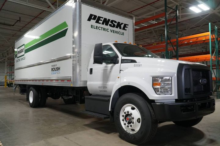 Businesses and governments that own and operate vehicles can commit to EVs today, sending a demand signal to help trigger investments in increased production capacity from vehicle manufacturers and within the battery value chain. - Photo: Penske