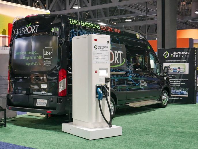 The fully interoperable DC fast chargers, designed and built by ABB, are equipped with around-the-clock connectivity to enable comprehensive remote services and compatibility with every individual fleet charging system. - Photo: Lightning eMotors