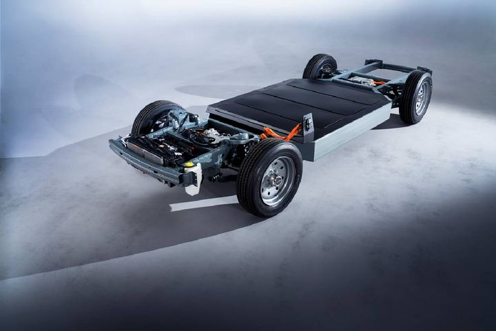 <p>Using what the automotive industry calls a skateboard, VIA uses a modular platform that has been designed to accept multiple body styles, from a truck bed to an enclosed step van.</p>[|CREDIT|]<p><em>Photo: Via Motors</em></p>