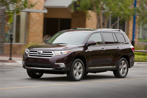 The base MSRP for the gas Highlander ranges from $28,090 for the Base 2WD four-cylinder with a six-speed automatic transmission to $37,045 for the Limited grade V6 with a five-speed automatic.