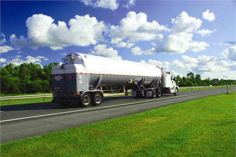 According to Wayne Corum of Fort Worth, Texas, freight is an important factor in many fleet agencies' fuel purchasing decisions. The freight on the Fort Worth/National IPA contract benefits large agencies.
