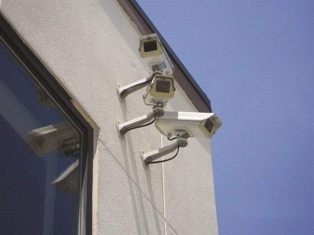 Allstate Auto Rentals in Baltimore has employed the service of Eyewitness Surveillance, which can give audio warnings to intruders through on-lot speakers and send immediate alerts to the company, as well as police.